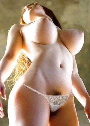 Tits Com
